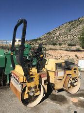 DYNAPAC CC 142 compactador de asfalto