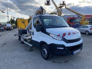 IVECO DAILY 35-120 /Multitel  plataforma sobre camión siniestrada